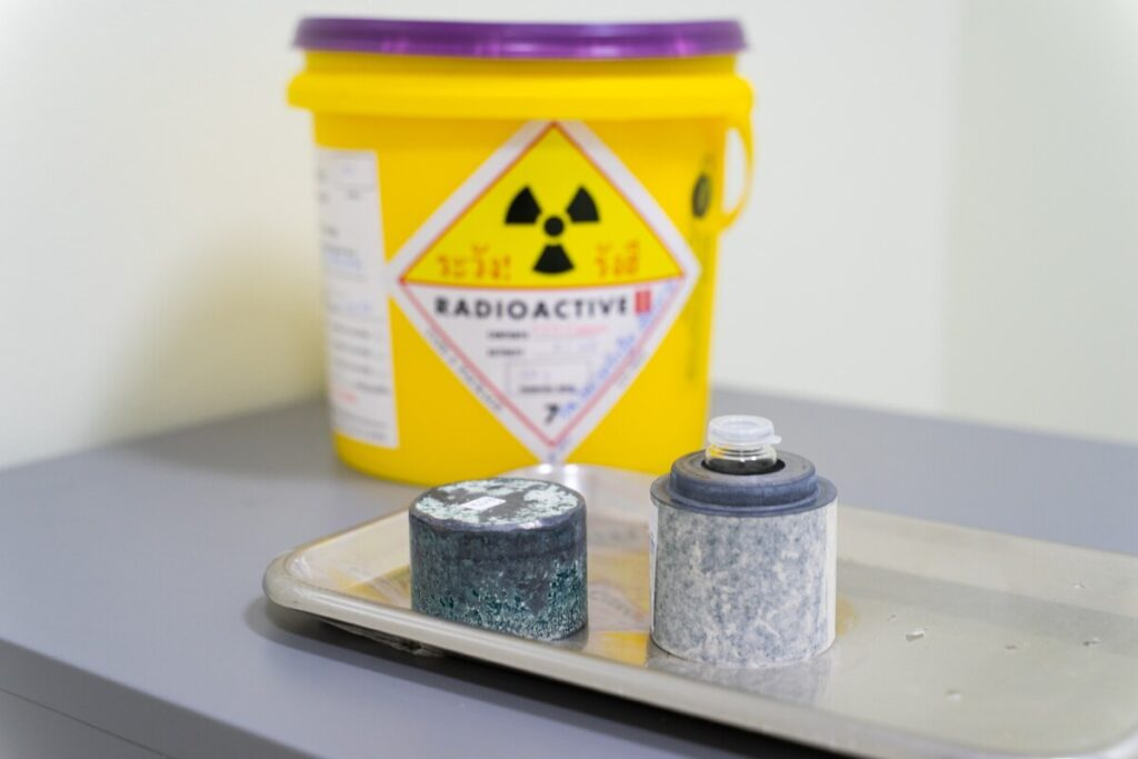 Iodine 131(I-131)Radioactive isotopes used for hyperthyroidism treatment are stored in Lead boxes